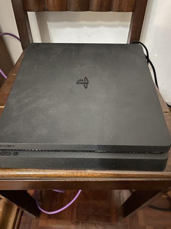 PS4 slim 1 TB + 1 comando e varios jogos no disco