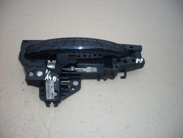 Klamka zewnętrzna prawy przód Audi A4 B8