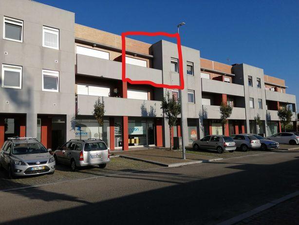 Apartamento T2 Duplex com áreas generosas  Forjães