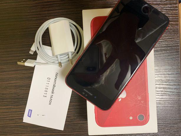 Продам iPhone 8, 64gb