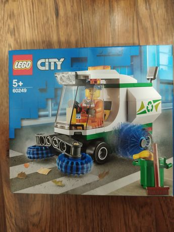 WYPRZEDAŻ!!! Dwa zestawy Lego na sprzedaż! 60249 i 42102