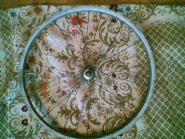 Колесо на велосипед діаметром 42см