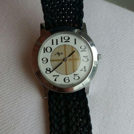 Zegarek mechaniczny Łucz w super stanie