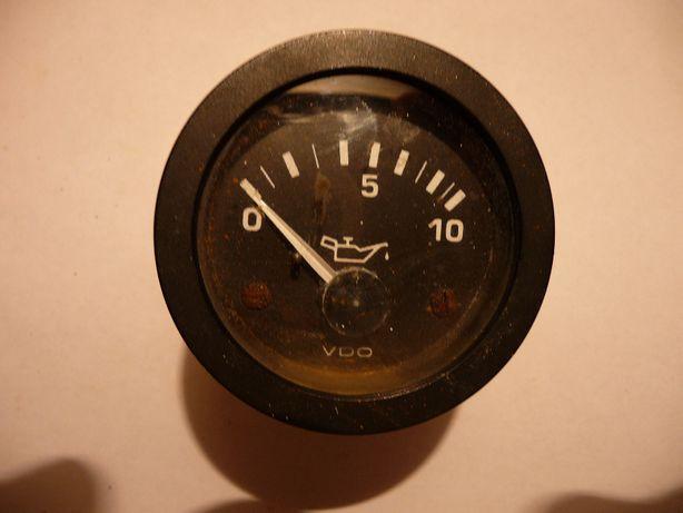 wskaźnik ciśnienia oleju silnika jachtowego