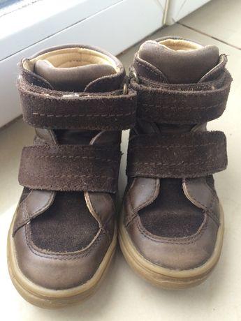 Осіннє весняне взуття обувь 24 черевики