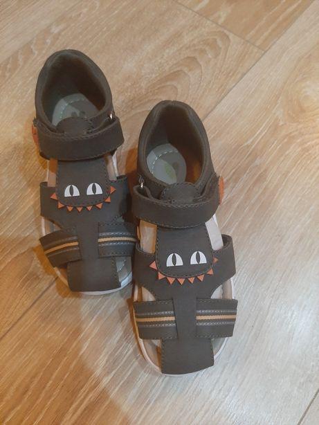Sandały dla chłopca dł. wkładki 18 cm.