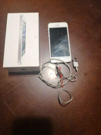 Sprzedam telefon iPhone 5