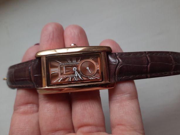 Годинник на руку жіночий
