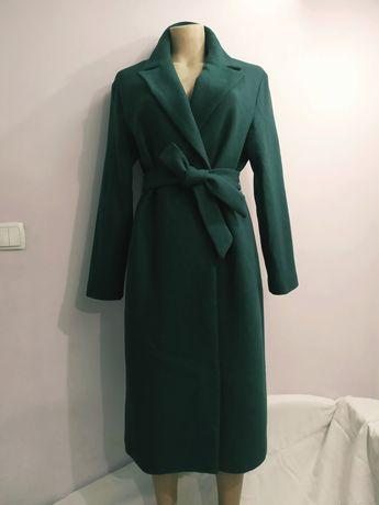 Шикарное шерстяное пальто !. 46-48 р.НОВОЕ.