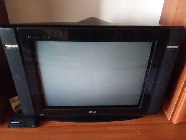 Цветной телевизор LG+ Т2 приставка
