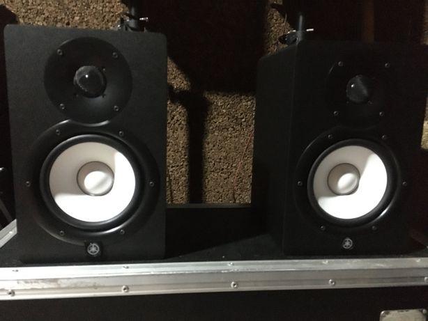 Monitores Yamaha Hs7