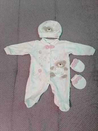 Продам детские вещи в роддом и после размеры 56-68