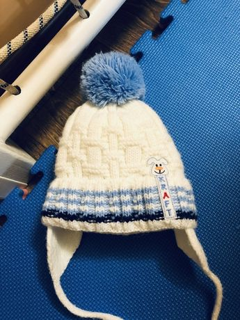 Теплющая зимняя шапка на малыша, р.44