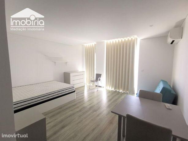 Apartamento T0 Mobilado Equipado L Garagem Arrendamento A...