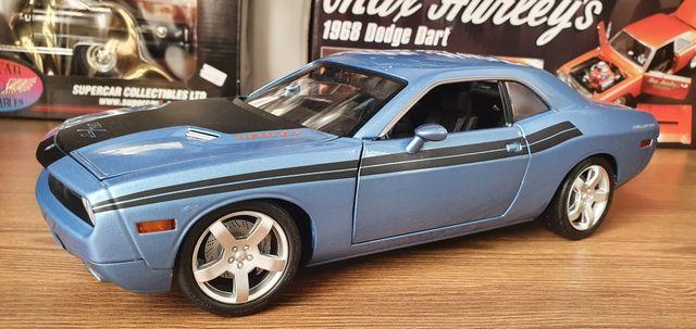 1:18 модель машинка Dodge Challenger R/T  coronet highway 61 Ertl