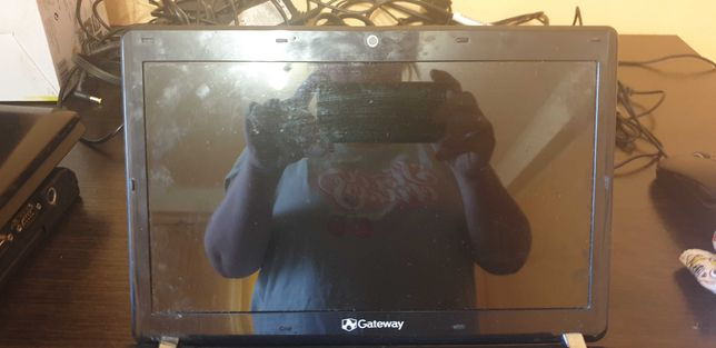 Ноутбук Gateway не рабочий на запчасти