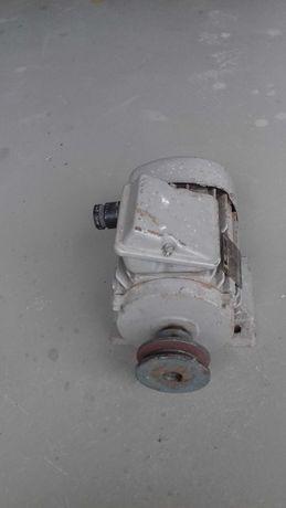 Silnik elektryczny marki VEM 0.75 kw