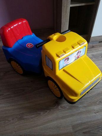 Jeździk pchacz auto