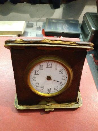 stary zegarek kieszonkowy-weteran