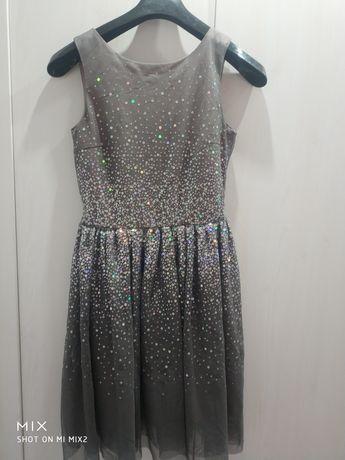 Sukienka dla dziewczynki 10-11lat