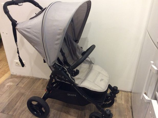Прогулочная коляска Valco Baby Snap 4. Легкая, удобная, маневренная