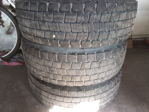 Opony xde2 235/75R17,5