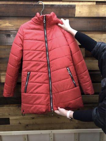 Женская курточка осень