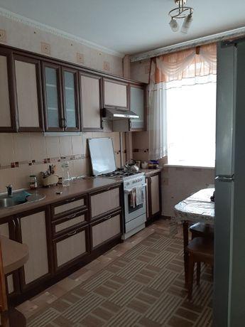 Продам 4-х комнатную квартиру по ул. Бульвару Строителей