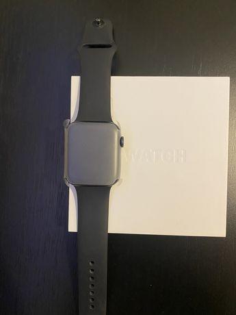 Apple Watch 5 - 44 mm NOVO
