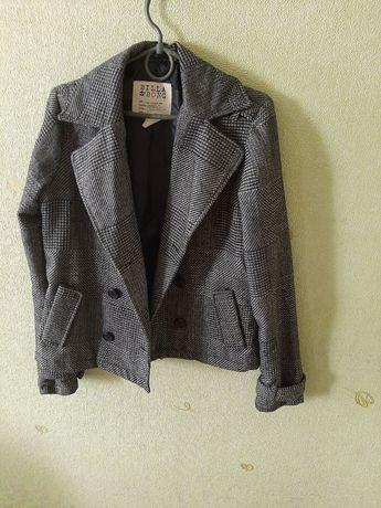 Куртка-пиджак весенняя
