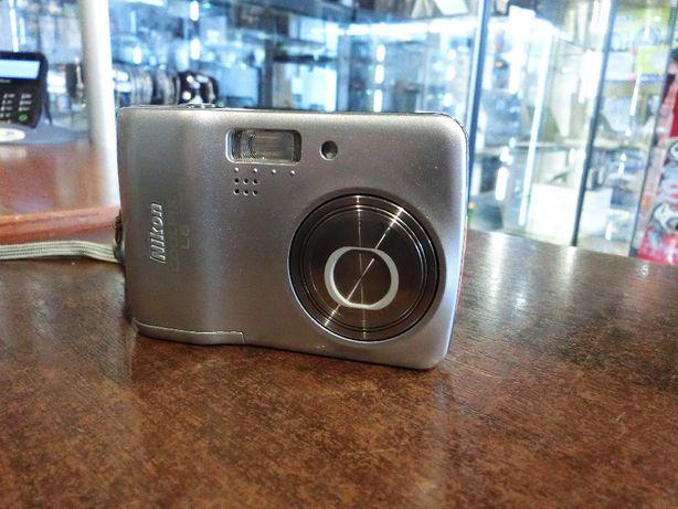 Aparat Nikon Coolpix L6