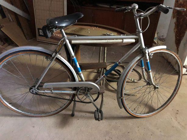 Bicicleta SANGAL tipo 'pasteleira'