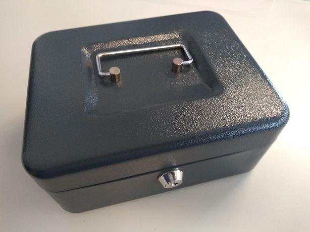 2 Cofres de gaveta com suporte para moedas