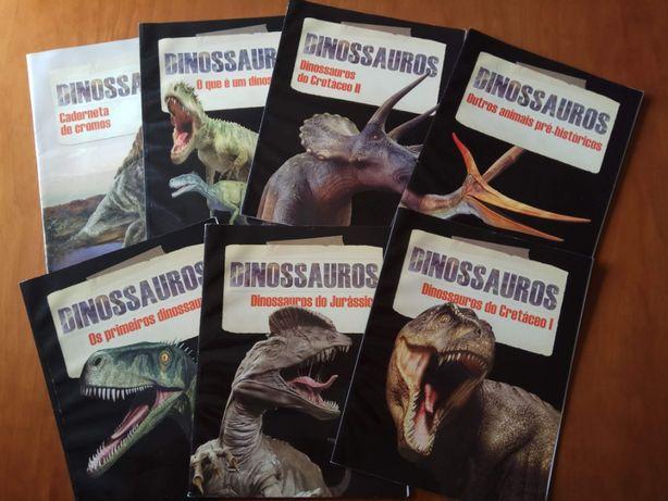 Coleção de seis livros de Dinossauros + 1 caderneta