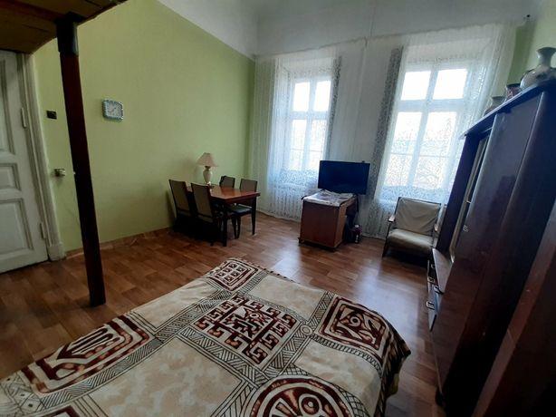 Продам! Старопортофранковская 6 двух комнатную квартиру