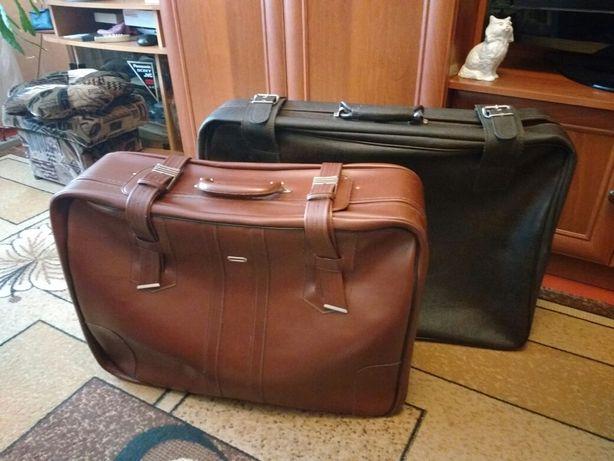 Продам 2 чемодана/идеал/