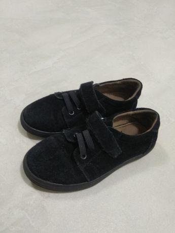 Б/у дитячі замшеві туфлі