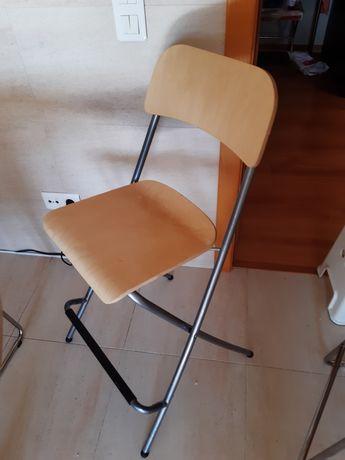 Cadeira Alta (modelo FRANKLIN 63cm IKEA) - Loures