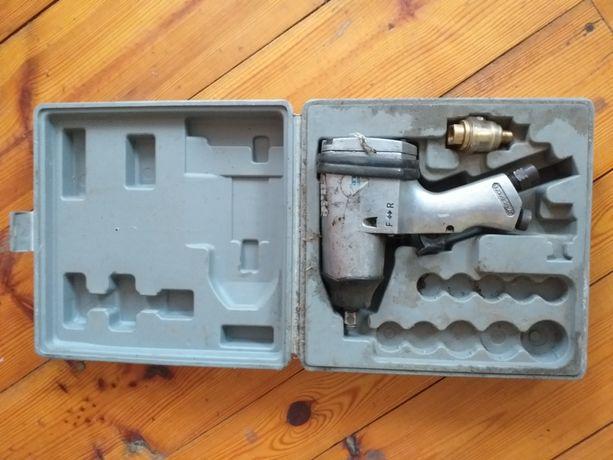 Klucz pneumatyczny udarowy sprzedam / zamienię na agregat prądotwórczy
