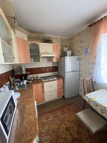 Продам 3 комн квартира , р-н ост( бывш Советской Армии)