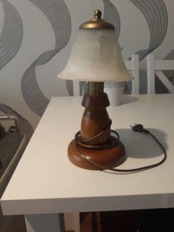 Sprzedam lampkę nocną.