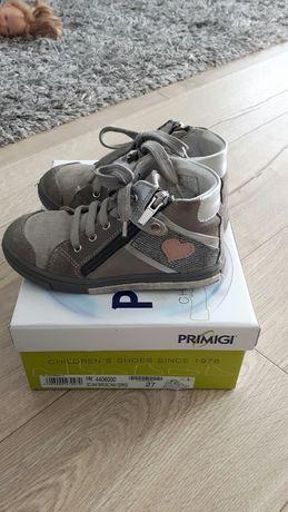 Sprzedam buty skórzane dla dziewczynki firmy Primigi rozmiar 27