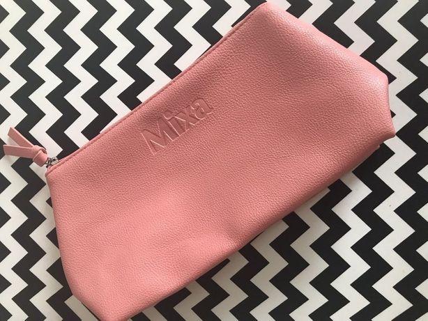 Pojemna różowa pink kosmetyczka Mixa 29cm x 15cm