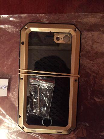 Чехол Iphone 7!