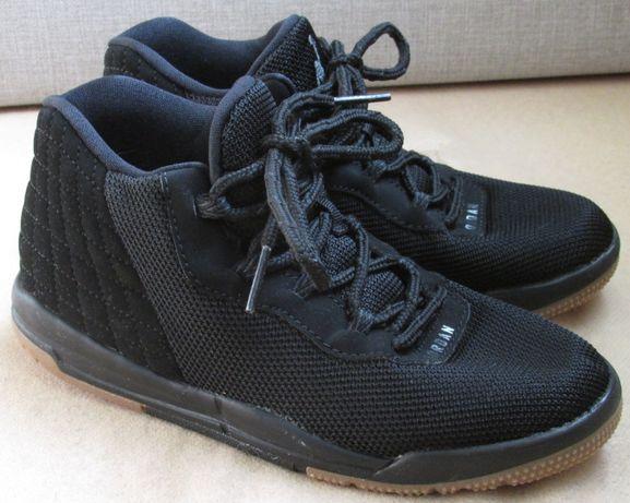 Продам классные кроссовки Jordan 31.5 размера, стелька 19.8см Оригинал