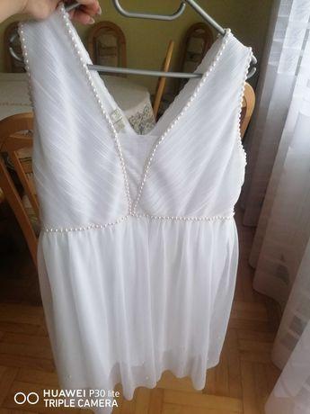 Sukienka ślubna z perełkami