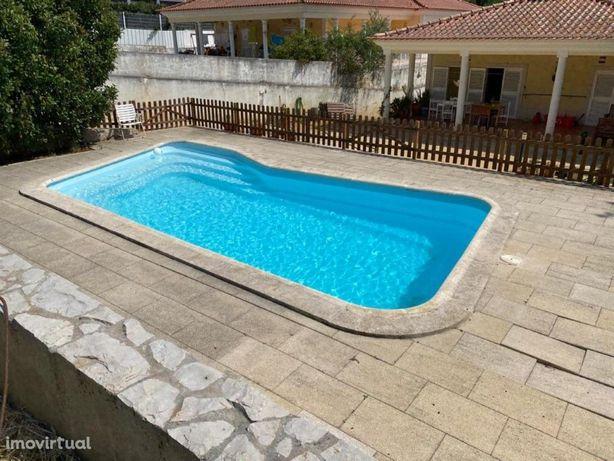 Moradia T5 térrea com terreno de 1234 m2 - Cavaquinhas / ...