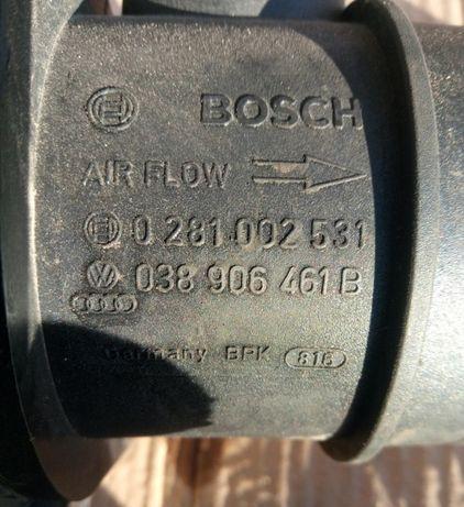 Корпус воздушного фильтра Расходомер Гольф 5 Кадди Т5 Б6 Октавия Фабия