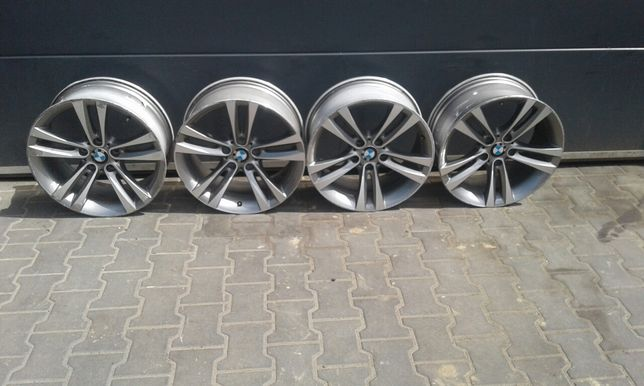 BMW 18' et 34 Alufelgi 8jx4