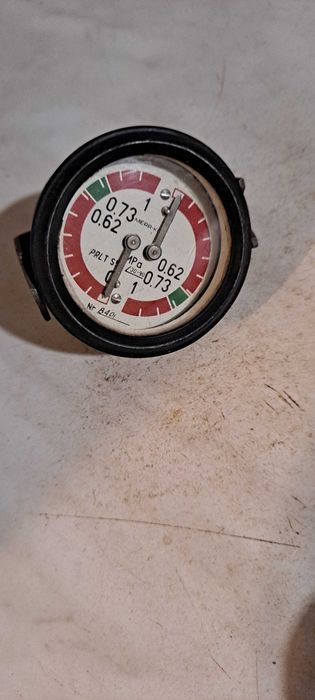 Nowy prl Manometr ciśnienia powietrza ładowarka fadroma star jelcz Koronowo - image 1